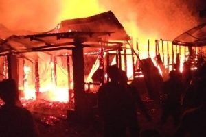4 Rumah Terbakar di Desa Sumurugul Saat Malam Takbiran