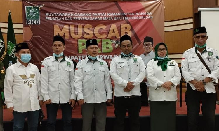 Sona Maulida Roemardi Resmi Pimpin DPC PKB Purwakarta